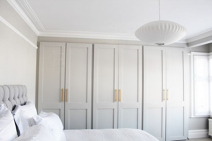 DIY: A Touch of Gold in the Bedroom (and less than £10 to do it!) / AnneliBush.com