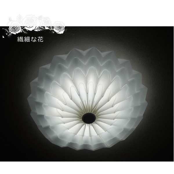 「シーリングライト(照明器具)LEDタイプ/4500ルーメン 自然光色 花モチーフ ヨーロッパ風 〔リビング照明/ダイニング照明〕【電球付き】【」の商品情報やレビューなど。