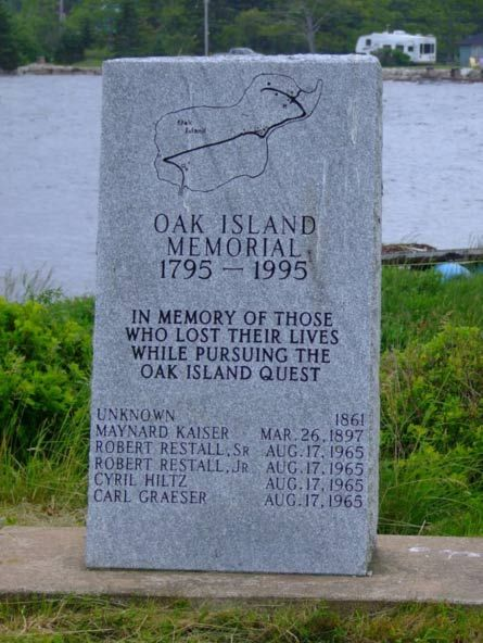 A memorial dedicated to those who lost their lives while searching for the mysterious treasure on Oak Island.  Credit: Elke / Panoramio