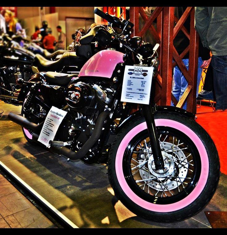 Pink Harley-Davidson Sportster | pink Motorradmesse Dortmund Harley Davidson Sportster 48 Schwarz