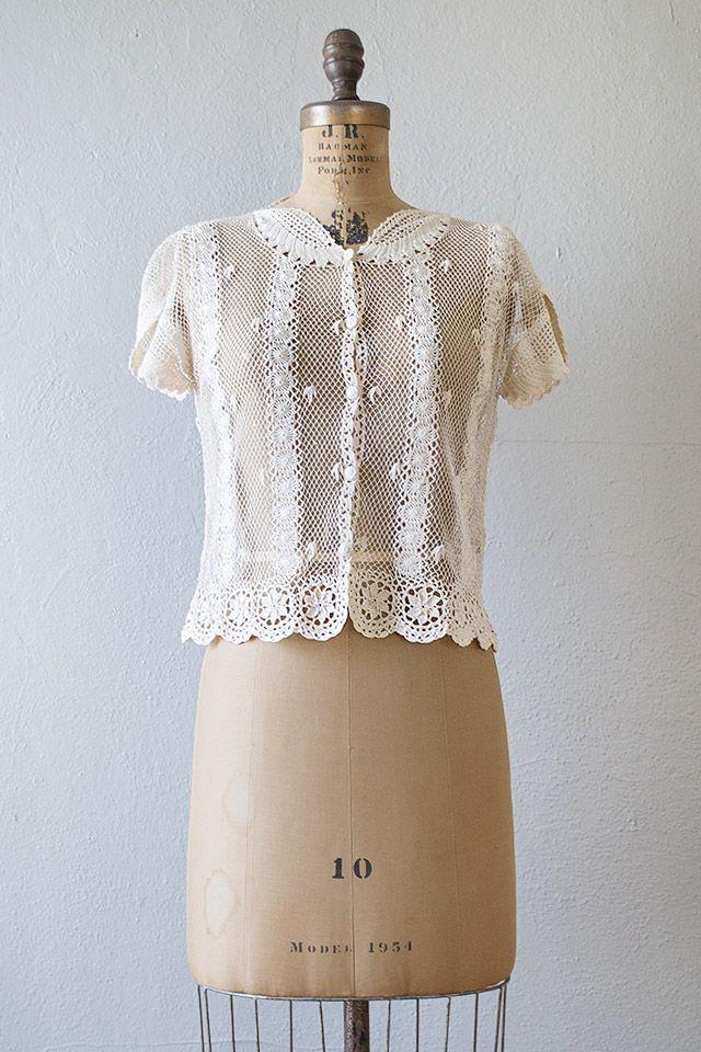 vintage 1970s lace crochet button up blouse