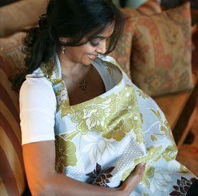 Le tablier, ( cape,voile ou couverture) d'allaitement permet d'allaiter bébé en toute discrétion hors de chez soi et dans les...