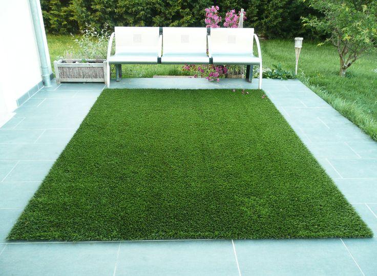 Les 25 meilleures id es de la cat gorie tapis gazon sur for Prix pelouse synthetique