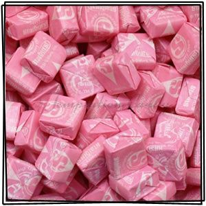 How have I never known about this website?!? Where to buy bulk candy in all of one color...BEST WEBSITE EVER great for parties