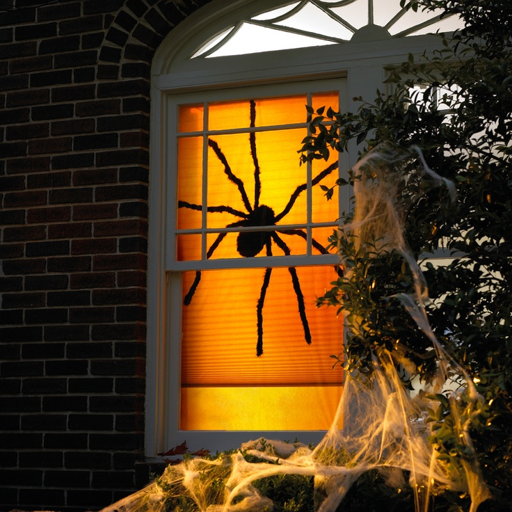 17 best images about halloween window decor on pinterest for Halloween window designs