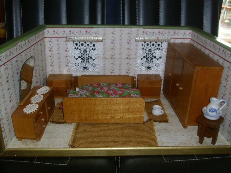Puppenstubenmöbel komplettes Schlafzimmer um 1940/1950 +Zubehör für Puppenstube