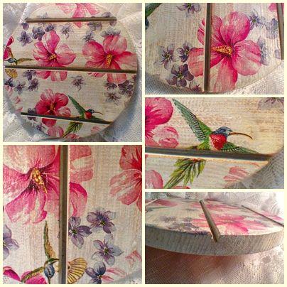 Maradék lambériából készített alátét kolibrikkel és hibiszkuszvirággal.