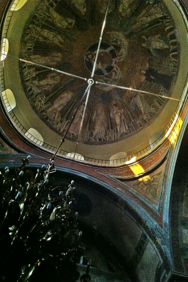 The dome of Agia Sofia Church from the inside. (Walking Thessaloniki - Route 03, St Sofia)