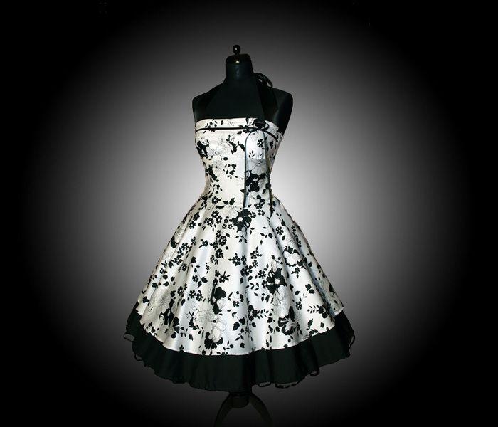 Wunderschönes  Petticoat-Kleid im Stil der 50er nach Ihren eigenen Maßen gefertigt.     Dieses doppellagige Petticoat-Kleid ist aus anschmiegsamer Bau