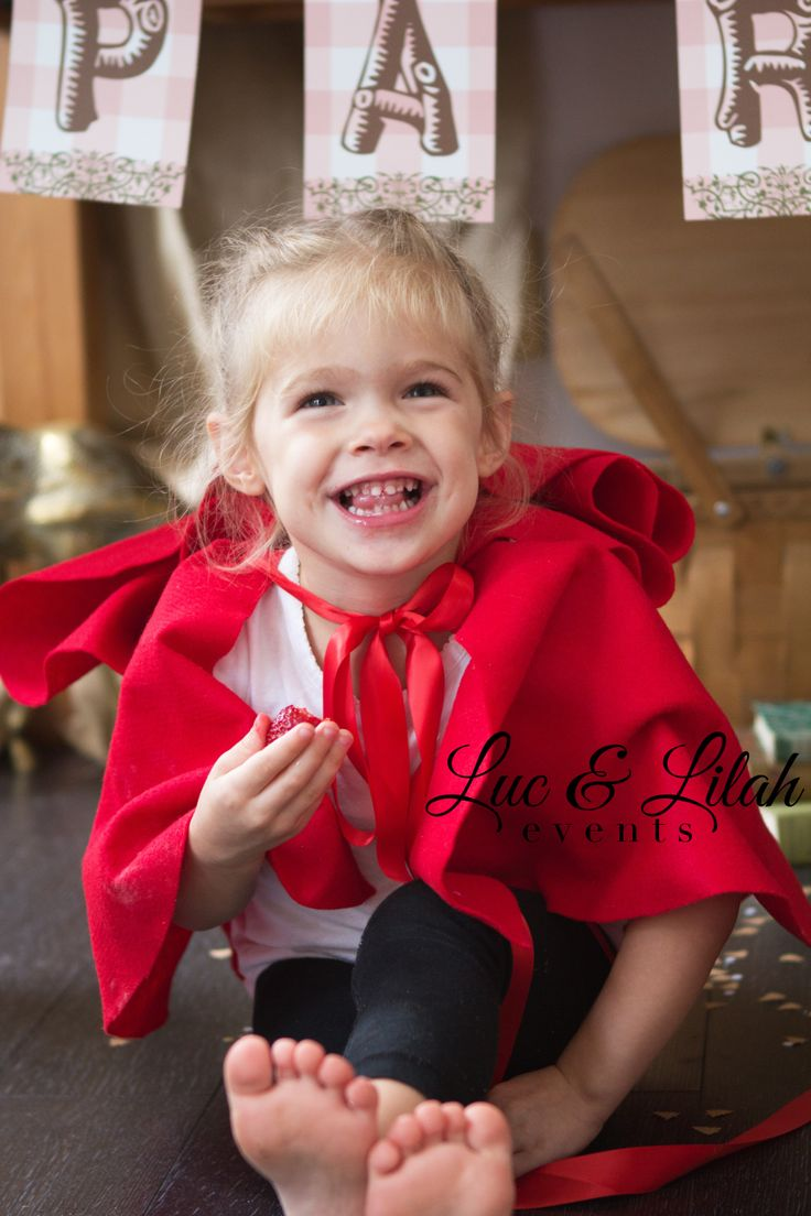 Storybook Picnic / Little Red Riding Hood Party & Printables by Luc & Lilah Events - Photography by Morgan Ellis Photography - Vintage Props from Wish Vintage Rentals