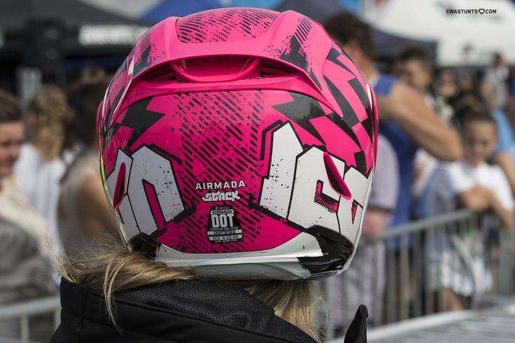 I'm happy owner of the sexy #IconMotosports Airmada Stack! #rideamongus #IwantIcon #rideicon #iconhelmet #unicorn #stuntgirl