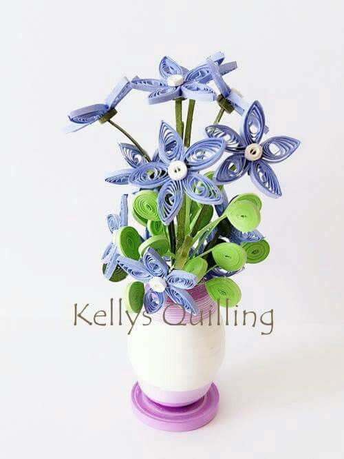 Quilling Flower Pot // Mini flower pot // paper flower // quilling design // quilling flower // Kelly's Quilling // flower // diy flower Facebook & Youtube: Kelly's Quilling