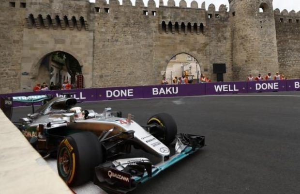 F1, Gran Premio d'Europa 2016, Prove Libere 3: Hamilton al comando, Ferrari al 5° e 10° posto