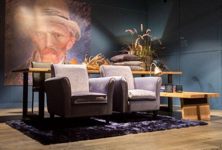 Eetkamertafel, salontafel, boomstam, fauteuil, eiken, kobe, blauw, interieur, sfeer, inspiratie, diningtable, interior, inspiration, blue, decoration, velvet, Meubitrend, Rhone, Edge, Tree
