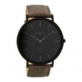 Koop dit OOZOO Vintage Taupe/Zwart horloge C8125 (44 mm) horloge online in onze webwinkel.                     Dit is een dames, heren, unisex horloge met een quartz uurwerk.                             De kleur van de kast is zwart en de kleur van het uurwerk is zwart.                             De kast is gemaakt van rvs en de band van het horloge van leer.                             Het uurwerk is analoog en er wordt gebruik gemaakt van mineraalglas.                       ...