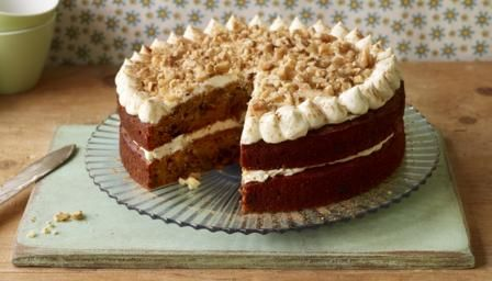 If you are avoiding refined sugar, try Mary's take on carrot cake which uses agave syrup and maple syrup as sweeteners.  You will need two 20cm/8in cake tins, a piece of muslin or a thin cleaning cloth and a piping bag fitted with a 1cm/½in plain nozzle.