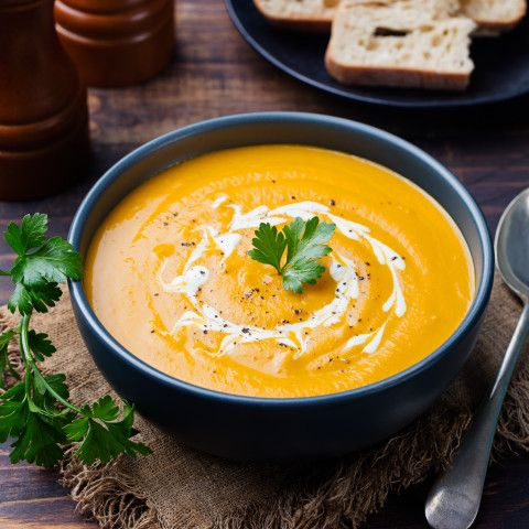 We all can't make it to a Gordon Ramsay restaurant, be it London, Tokyo or New York City. And that's why we have to sometimes have to cook it up ourselves. Try on this celebrity chef Ramsay Lightly Spiced Butternut Squash Soup, it's a great winter warmer-up! - Gordon Ramsay Lightly Spiced Butternut Squash Soup