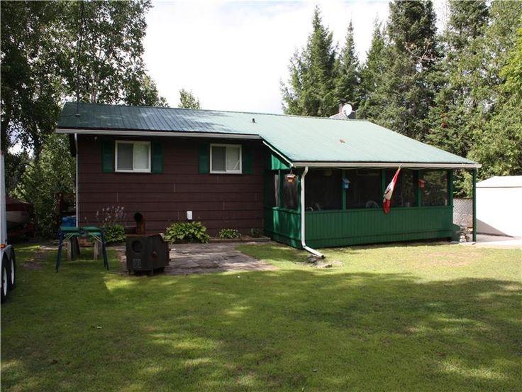 Centennial Lake Home/Cottage - Chalet à vendre Griffith | FS-23412 | CottagesInCanada