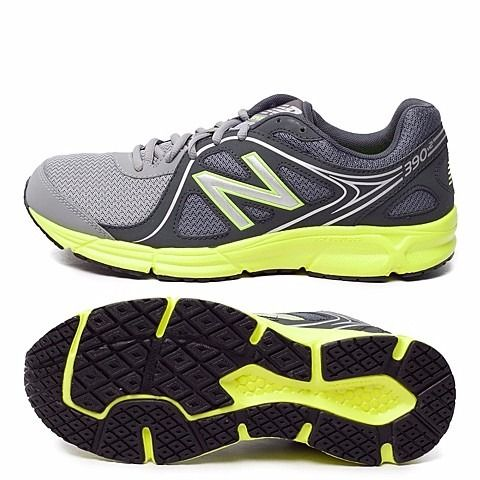 """Buty biegowe New Balance, model M390GY2: - Kolor: szaro-seledynowy, - Strona zewnętrzna i wewnętrzna: """"N"""" w stylu New Balance, - Język: naszywka z logo New Balance plus numerem modelu, - Pięta: napis New Balance, - Podeszwa: czarna, gumowa, - Materiał: najwyższej jakości materiały tekstylne oraz syntetyczne (dodatki), - Buty idealne dla biegaczy. Zarówno dla tych początkujących jak i tych średnio-zaawansowanych,  #butysportowe #butybiegowe #obuwiemęskie #kolekcjaNewBalance"""