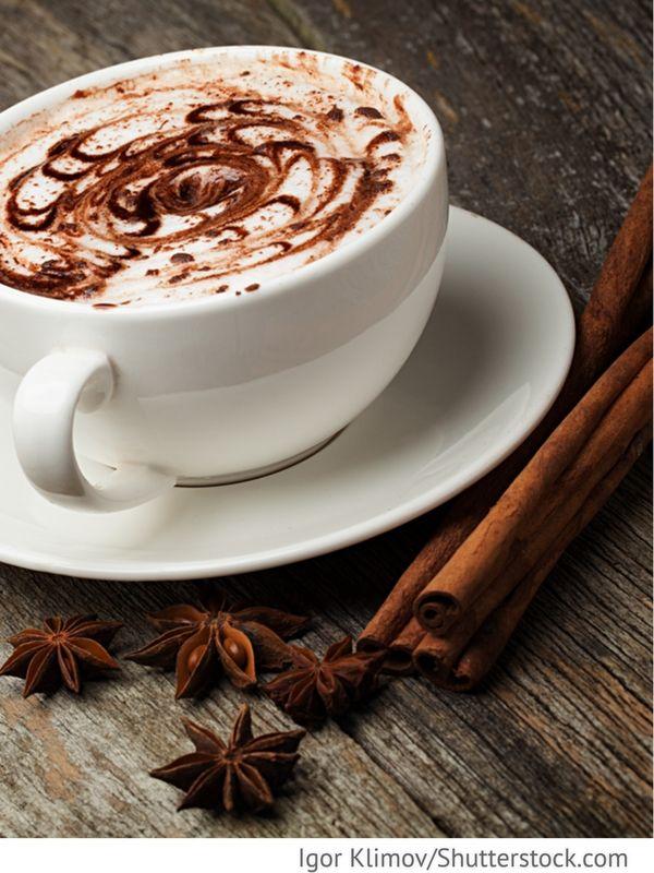 Heiße weiße Schokolade Gorjatschij belyj schokolad - Горячий белый шоколад - Russische Rezepte