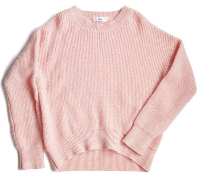 講談社 withオフィシャルサイト | 有村架純さんの私服でもよく着る「ニット×プリーツスカート」コーデが大人可愛い♥