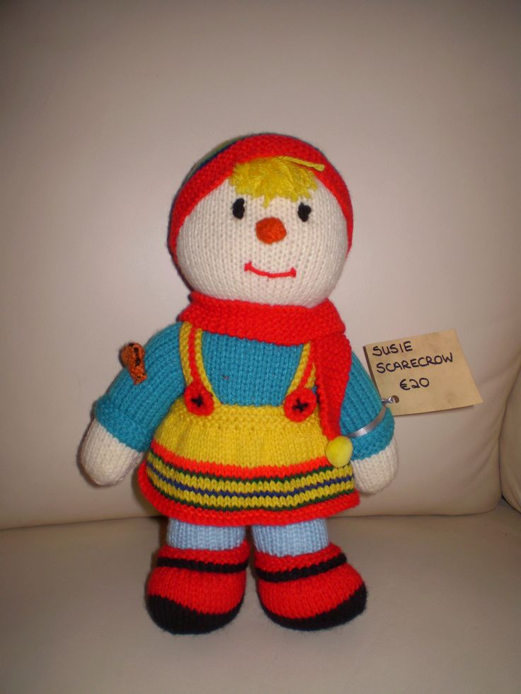 One of the children. Susie Scarecrow. 30 cms high. She also has a brother.