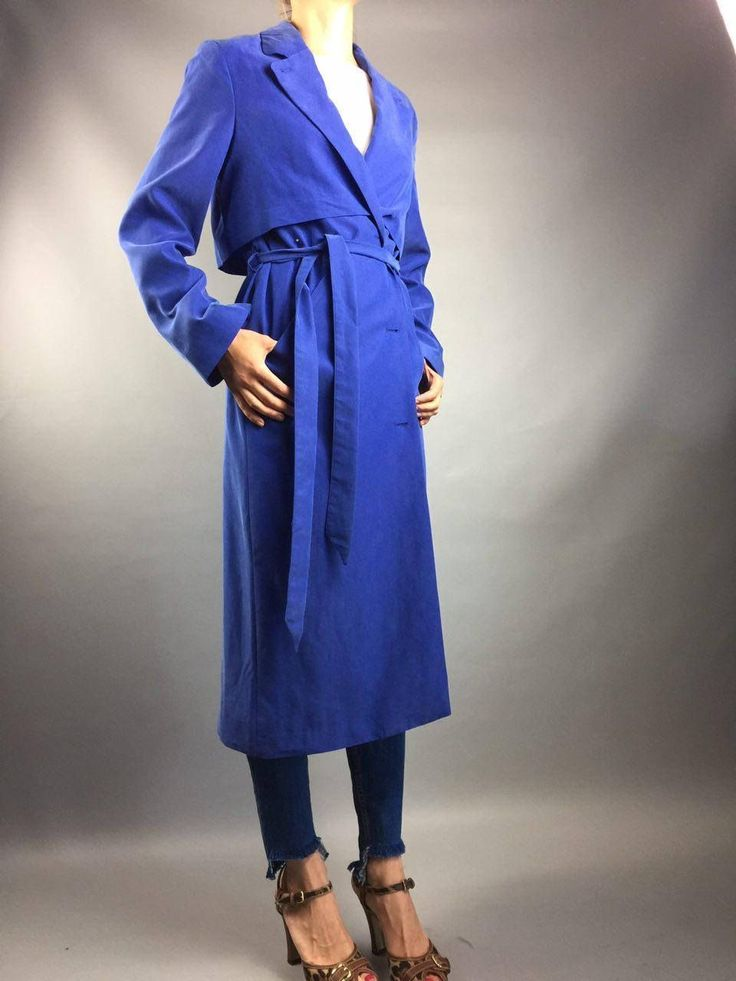 SALE Vintage raincoat Designer clothing Navy blue trench Moonki Size US8 Vintage kimono Trench Women trench Women clothing Women Summer c  This raincoat out of time. Awesome colour! Made in USA. •••  Excellent vintage condition.NEW without tags!!!1READY TO WEAR!! ••• Size US 6-8.  All measurements taken with garment lying flat. Vintage sizes vary greatly!  We recommend comparing measurements with a similar style garment you own for best fit!  Measurements (laid flat) Shoulders 40