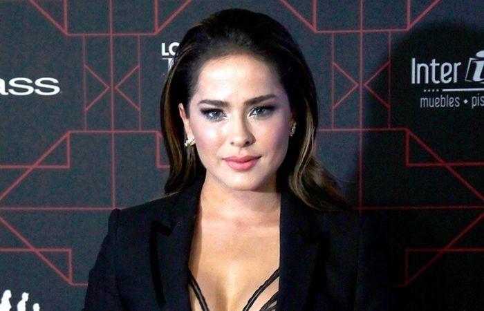 Por fin Danna Garcia muestra que esta embarazada  #EnElBrasero  http://ift.tt/2qMuoDU  #dannagarcia