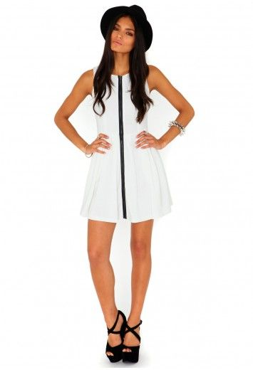 Eudora Zip Front Skater Dress In Cream