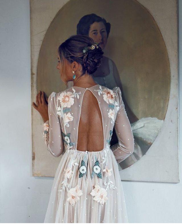 Romantic Floral Wedding Dress Details