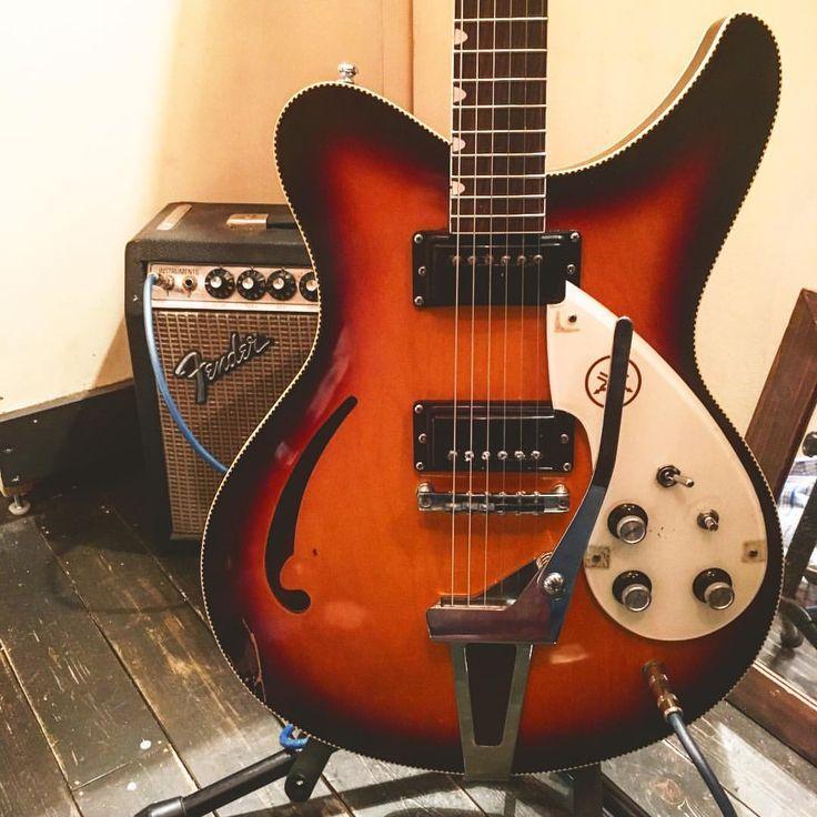 "230 curtidas, 1 comentários - Bridge guitars (@bridge_guitars) no Instagram: ""お客様からフレット交換等の依頼のYAMAHA SA-15です。 箱系でも高音が少しキツいのでリア側のポットを変えたり良い塩梅のサウンドに持っていきます。 Bridge guitars 平日…"""
