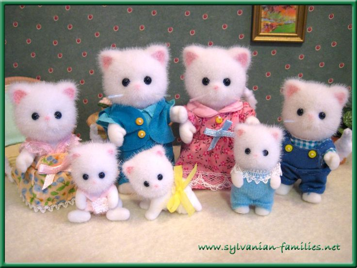 Sylvanian families/Calico Critters cat family there so fuzzy!!!!!!!!!!!!!!!!!!!!!!!!!!!!!!!!!!!!!!!!!!!!!!