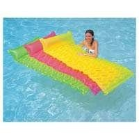 Intex Tote 'n Float Wave Mats by Intex, http://www.amazon.ca/dp/B004RIMJG4/ref=cm_sw_r_pi_dp_XigVrb0HJYHN2In Style, Totenfloat Waves, Waves Mats, Intex Totes, Lounges, Colors, Totes N Floating Waves, Fun, Families