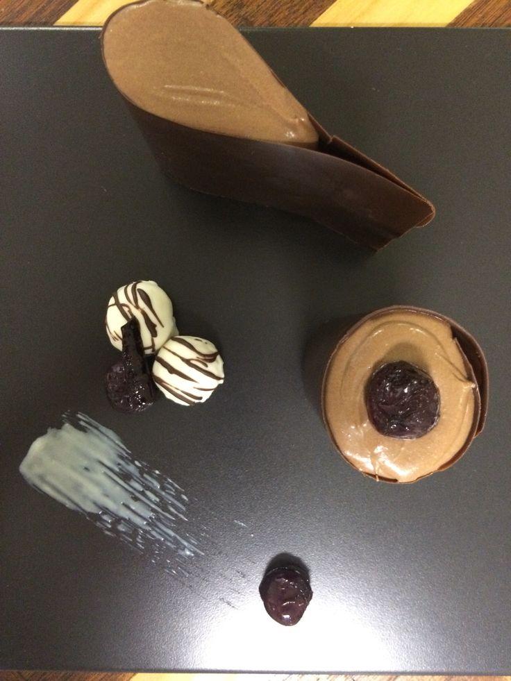 Chocolate Collars