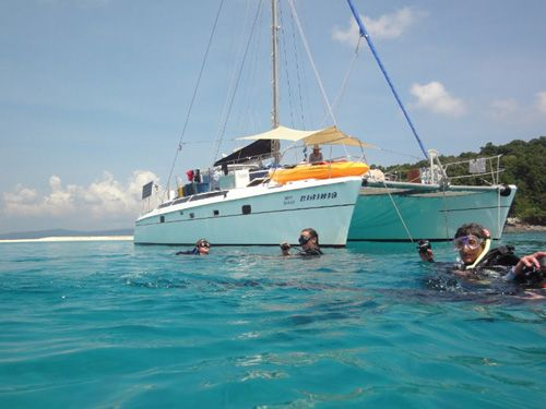 DiveGuide.com - Sailing Yacht Charters - http://www.diveguide.com/sailingyachtcharters