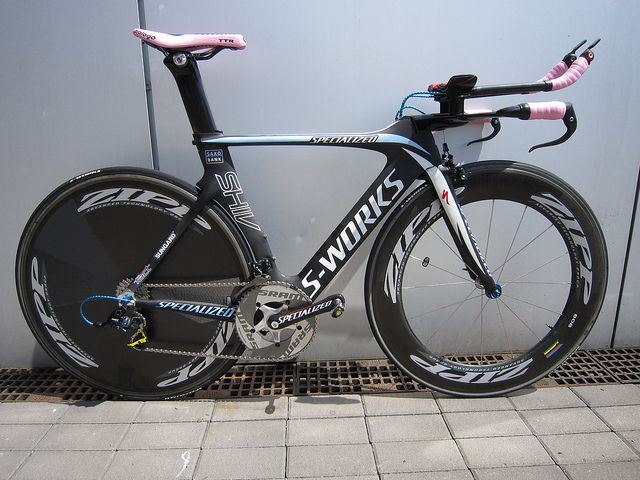 Alberto Contador – Saxo-Bank Sungard team – Specialized Shiv SRAM RED & Zipp 808 equipped TT bike.