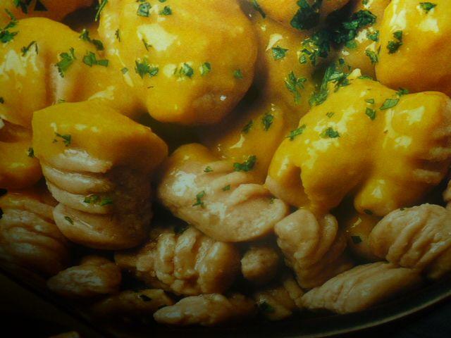 gnocchi di castagne - con salsa alla zucca
