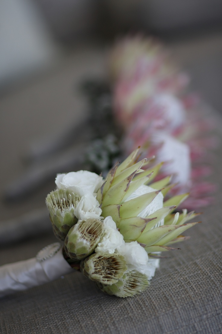 The Ultimate | White King Protea Bouquet with white Lizzy and White Mundis | ASPEN FLOWERS & CO | Photo Credit | Joe Photographer