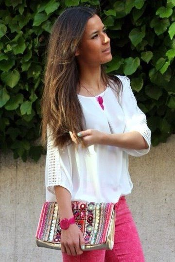 "María Gaviña from ""BlogLBD"" wearing our Bouganvilles Collection!"