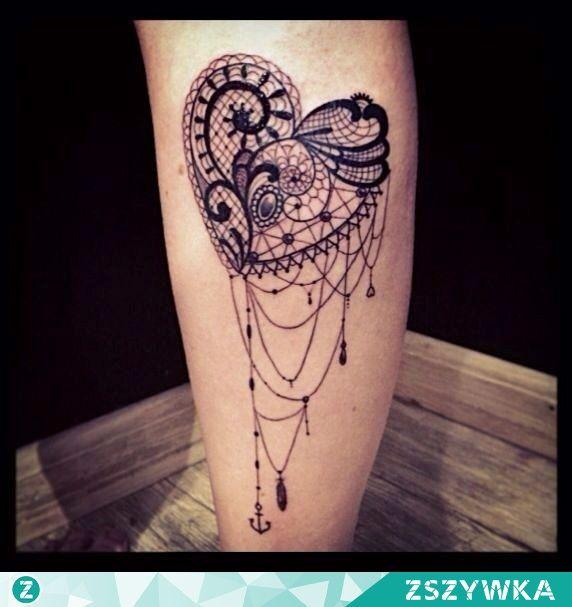 śliczny tatuaż jak z koronki na Tattoo's & pircings - Zszywka.pl