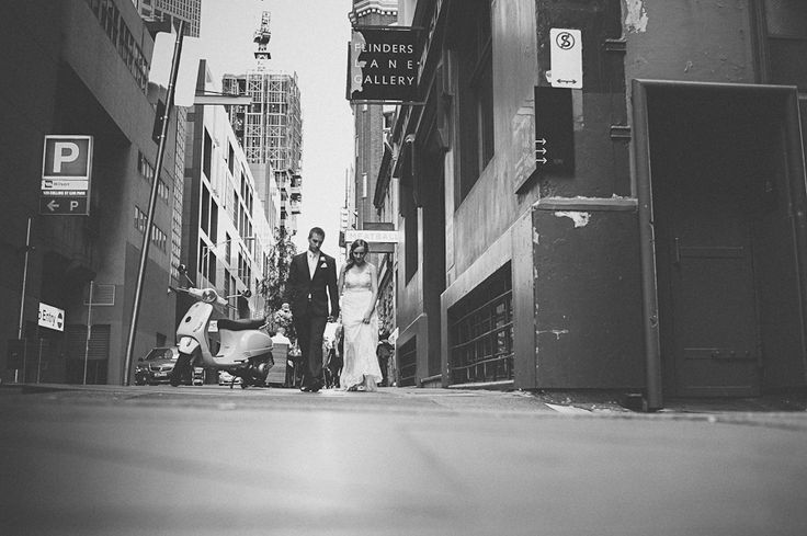 Moody black and white photos. Walking through the streets of Melbourne.  #melbourneweddings #weddingphotography #bridal #mottaweddings