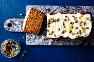 Squash, apple and ginger cake
