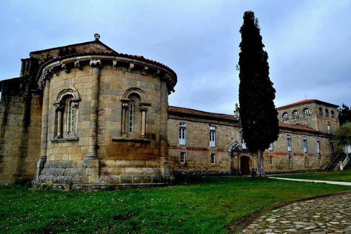 Monasterio de las Madres Bernardas de Ferreira de Pantón