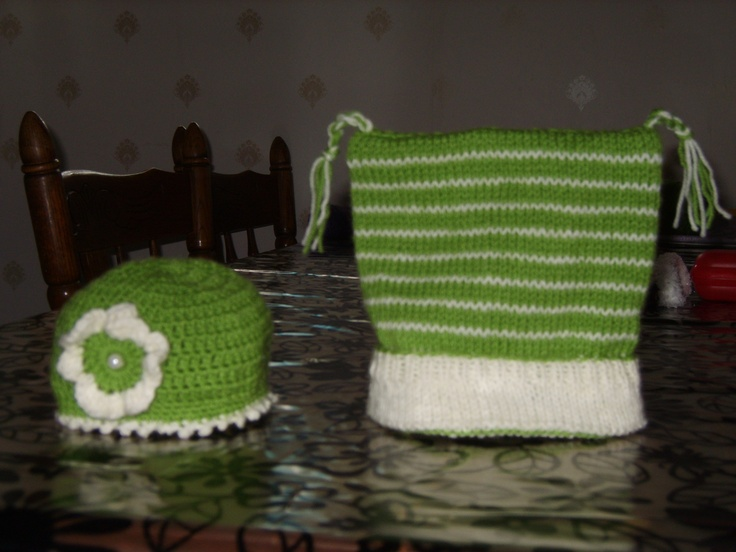 Babybonnets, the one on the left is made by crotching.