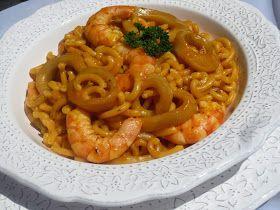 Un plato con pocos ingredientes, pero que resulta sabrosísimo, Fideuá de calamares con Thermomix .