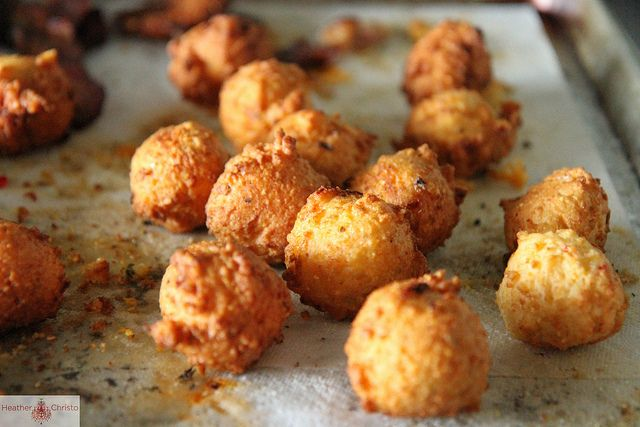 Homemade Hushpuppies? Yes, please! (am totally going to try these on my toddler!) Recipe by Heather Christo