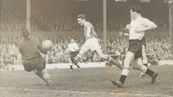 Brian Clough quando giocava nel Middlesbrough