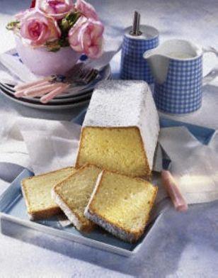 Sandkuchen (Omas Lieblingsrezept) Rezept: Stücke,Eier,Margarine,Zucker,Vanillin-Zucker,Zitrone,Salz,Milch,Mehl,Speisestärke,Backpulver,Bestäuben,Form
