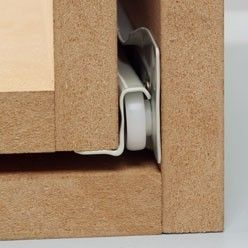 Quincaillerie d'ameublement : monter une coulisse à galets rails de tiroir pour le bureau