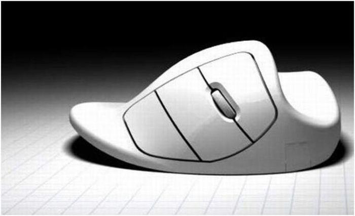 Elratónomouse(eninglés, pronunciado) es undispositivo apuntadorutilizado para facilitar el manejo de unentorno gráficoen una computadora. Generalmente está fabricado enplástico, y se utiliza con una de lasmanos. Detecta su movimiento relativo endos dimensionespor la superficie plana en la que se apoya, reflejándose habitualmente a través de un puntero,cursoro flecha en elmonitor.    El ratón se puede conectar de forma alámbricao inalámbricamente (comunicación…
